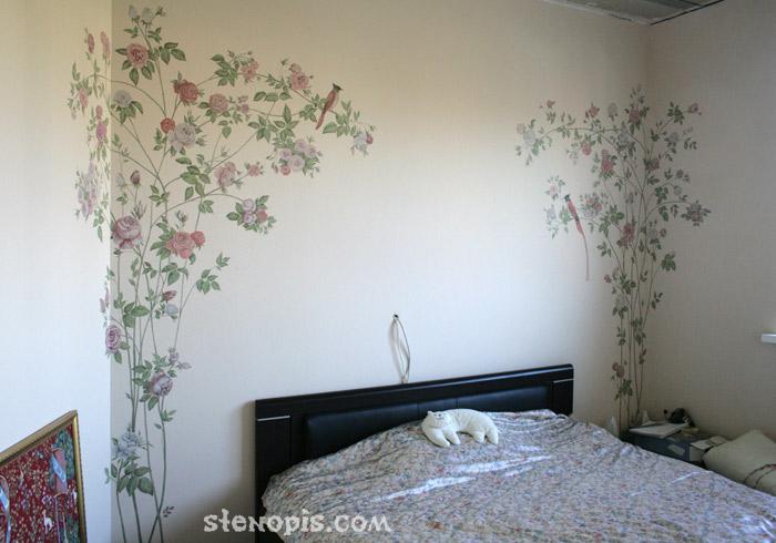 Фото росписей на стене в спальне